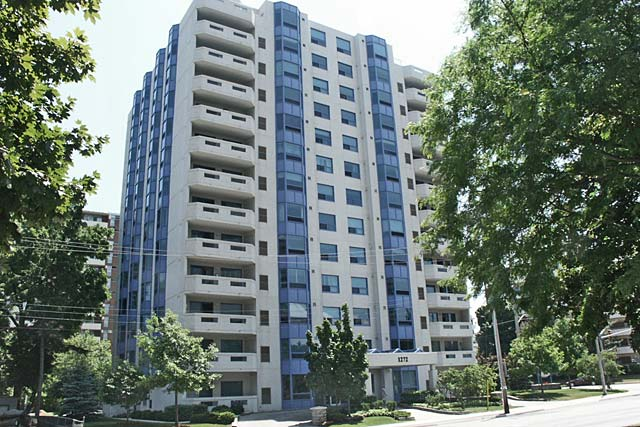 1272 Ontario Street, Burlington - The Maples condominiums in downtown Burlington.
