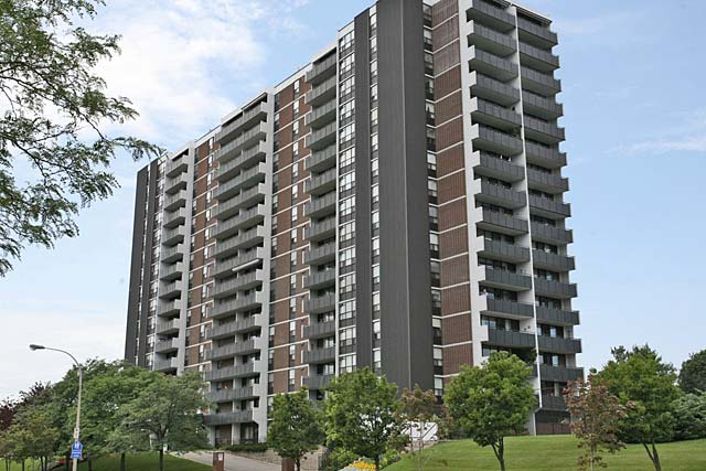 2055 Upper Middle Road, Burlington - Upper Middle Place condominiums.