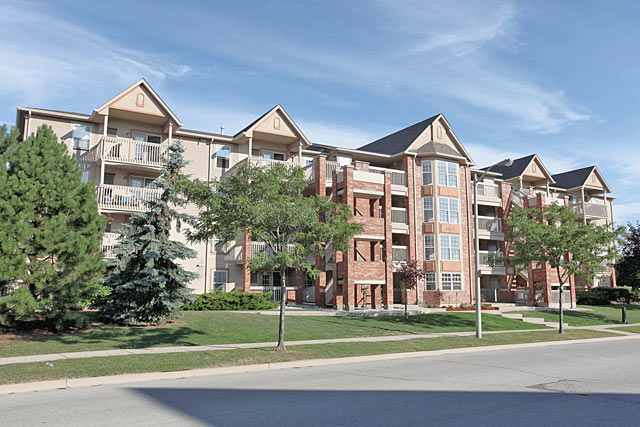 4003-4025 Kilmer Drive, Burlington - Tansley Gardens condominiums.