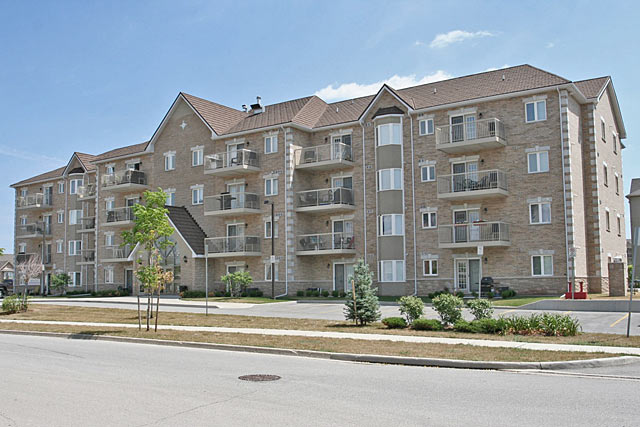 4006-4016 Kilmer Drive, Burlington - Kensington Gate condominiums in Tansley