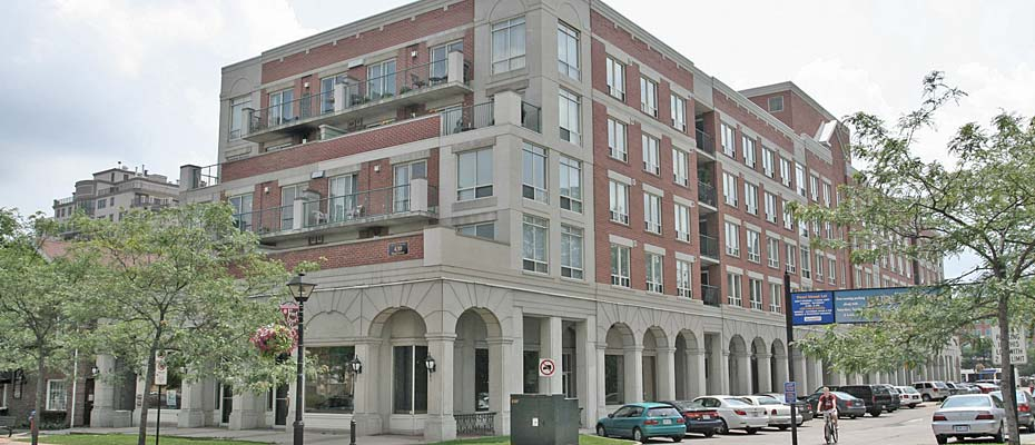 430 Pearl Street, Burlington - The Residences of Village Square in downtown Burlington.