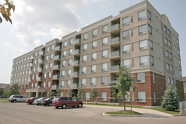 5070 Fairview Street, Burlington - Terraces In The Village condominiums by Branthaven