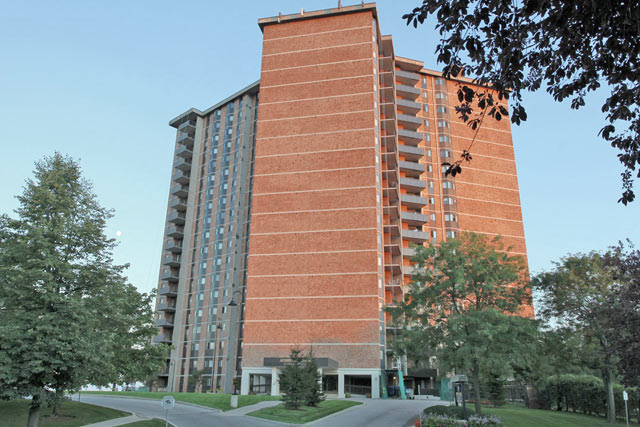 5250 Lakeshore Road, Burlington - Admirals Walk waterfront condominiums